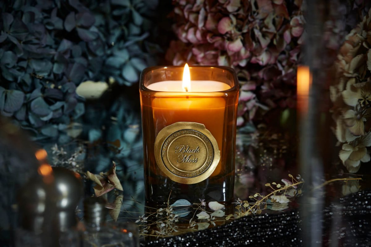 Black Moss Candle